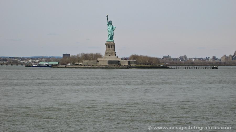 Estatua de la Libertad desde el Ferry de Staten Island