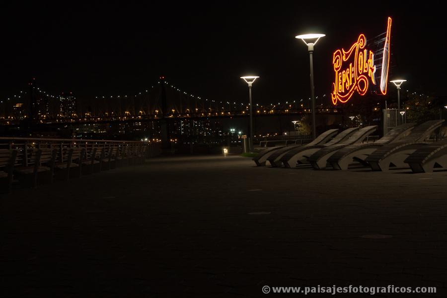 Cartel de Pepsi en Gantry Plaza State Park